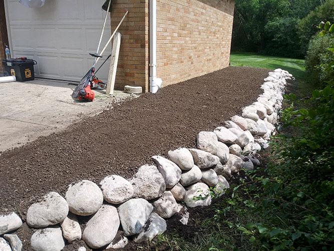 Hardscape-Retaining Wall-img
